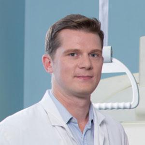 Dr. Jean-Simon ARNOULD